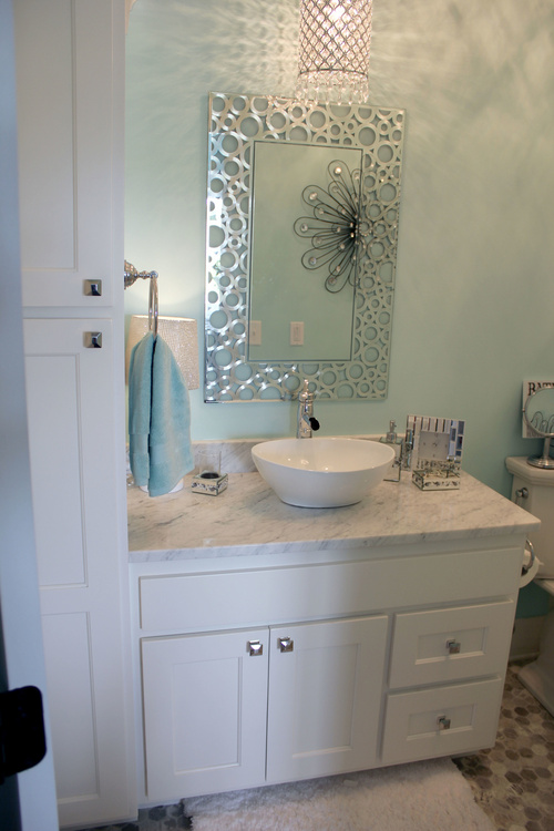 Close Up Of Painted Birch Bathroom Cabinets With Granite ...