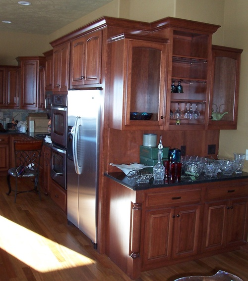 Kitchen Chestnut Cherry Granite 2