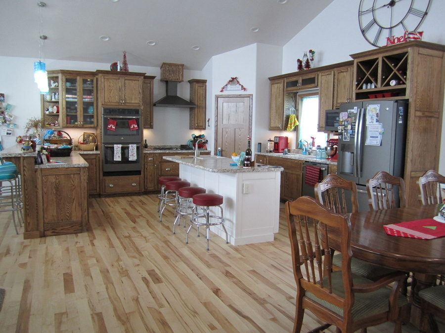 Kitchen Custom Oak 2
