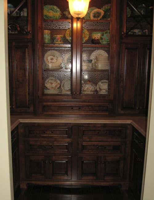 Kitchen Fruitwood Glaze Alder Laminate Walk In Pantry 1