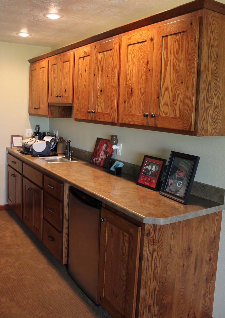 Kitchen Fruitwood Knotty Oak Laminate