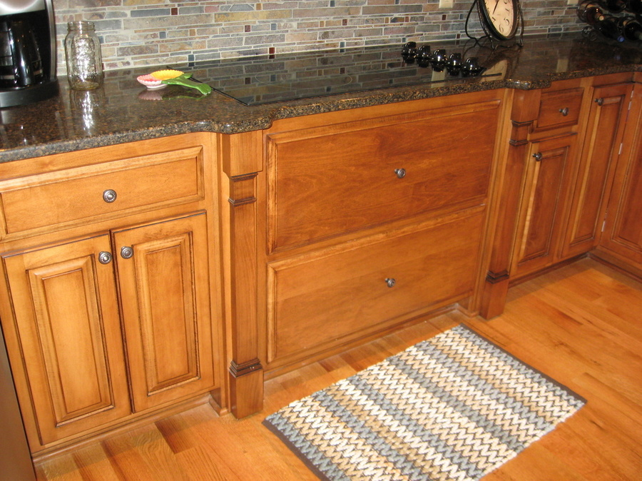 Kitchen Teak Birch Granite Stovetop 7