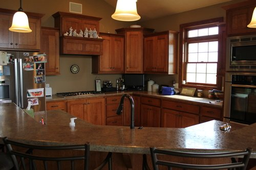 Kitchen Fruitwood Quartersawnoak Laminate 1