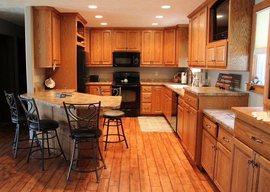 Kitchen Ginger Oak Laminate 1