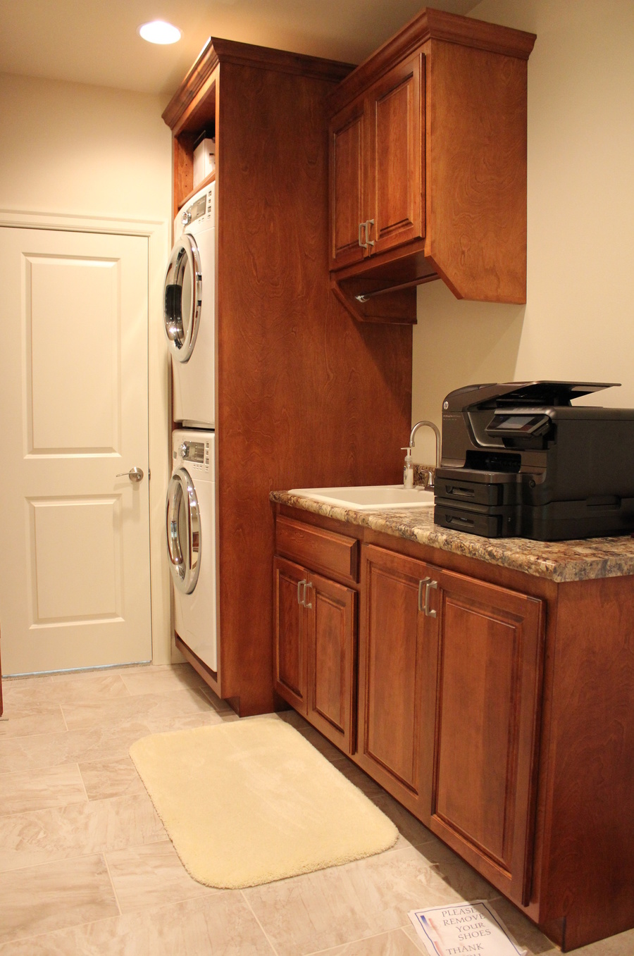 Laundry Room Chestnut Birch Granite 2